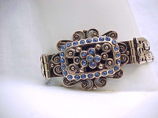 02 - 1940's Bracelet with Blue Rhinestones