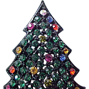 Pretty Hedison Christmas Tree Pin - Japanned