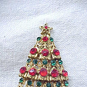 Very Pretty Red and Green Rhinestone Christmas Tree Pin