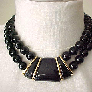 Good Looking Napier Necklace - Black with Goldtone Accents