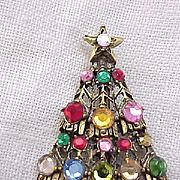 Classic Hollycraft Christmas Tree Pin