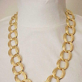 Beautiful Napier Chunky Goldtone Necklace