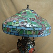 Stained Glass Four Bulb Cherub Lamp