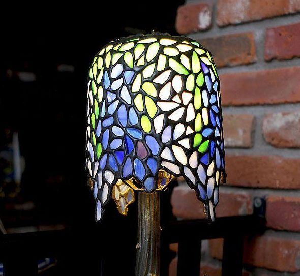 small tiffany style lamp from rlreproshop on ruby lane. Black Bedroom Furniture Sets. Home Design Ideas