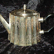 Silver or Silverplate tea pot with bakelite handle not  Lunt Silversmith's Paul Revere