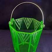 Art Deco Ice Bucket with chevron etching