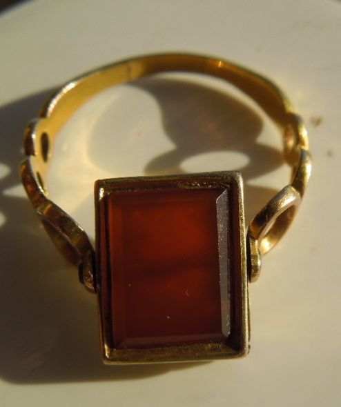 Vinaigrette ring, Cornelian, Early Victorian