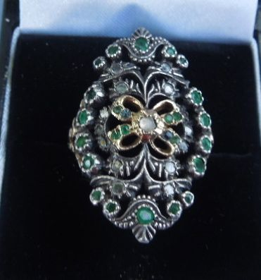 18 ct, Emerald and Rose Cut Diamond Ring, Victorian