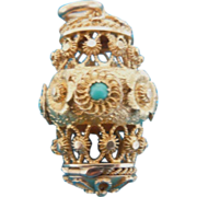 18 carat Gold Pomander with Turquoise, Georgian