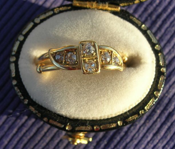 18 ct Diamond Gypsy Ring, Victorian