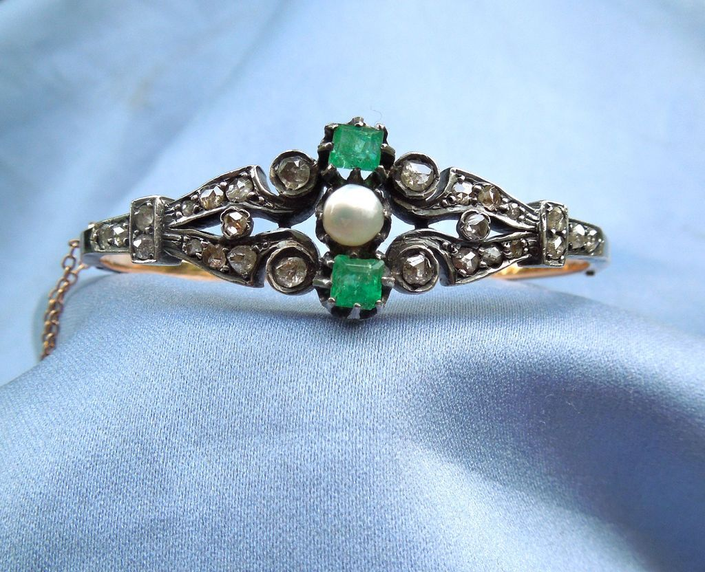 Emerald and Rose Cut Diamond and Natural Pearl, Bangle, 14 ct, Victorian