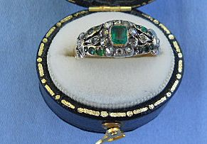 Emerald and Diamond Ring, Georgian, 18 ct
