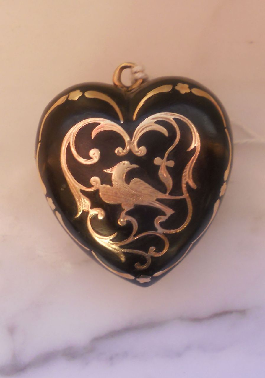 Large  Pique Locket, Early Victorian