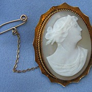 Gold Cameo Brooch, Victorian