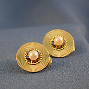 Cultured pearl reticulated 14k gold clip earrings