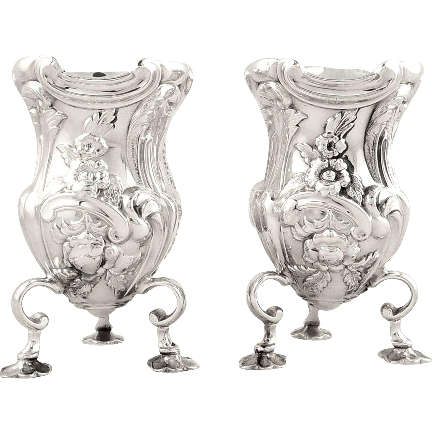 pair of antique edwardian sterling silver vases 1902 from robertbushantiques on ruby lane. Black Bedroom Furniture Sets. Home Design Ideas