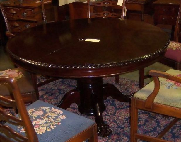 Mahogany Dining Table 54 Chippendale Style with 5 Leaves from