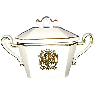 Royal Sealy Japan Porcelain Chantilly Covered Sugar Bowl Gold Coat of Arms Crest