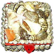 Seashell Trinket Box ~ 1970's