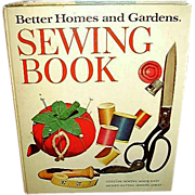Better Homes Gardens Sewing Book 1972
