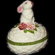 Avon 1982 Bunny Luv Trinket Box  MIB - Red Tag Sale Item