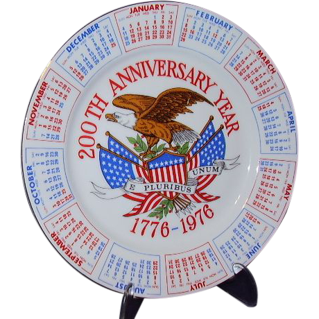 Bicentennial Plate Red White Blue USA 200th Anniversary 1776-1976