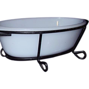GLASBAKE Oval Casserole 1 Quart J235 with Wire Frame Stand