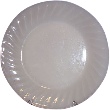 Fire King Ivory Swirl Dinner Plate 1949-1962