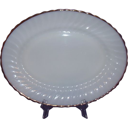Anchor Hocking Swirl Golden Shell Milk Glass Platter 2390 Large 15.5 inches 22K Gold Rim