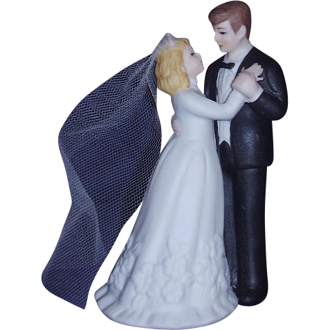 Bride and Groom Wedding Cake Topper Bisque Porcelain Dancing Pose White Tulle Veil 1991