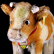 Adorable Little Sister Steiff Bessy Cow All ID