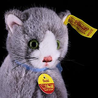 Adorable Fuzzy Gray Seated Steiff Kitten Cat Susi All ID Near Mint