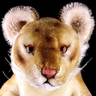 Rare Steiff Mohair Lion Cub (or Maybe Not) Hand Puppet ID