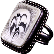 Estate Signed Sterling Silver and Etched Bone Scrimshaw Native American Ring Image of Bird