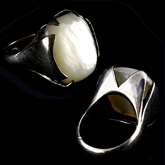 Estate Modernist Architectural Sterling Silver and Mother of Pearl Cabouchon Ring