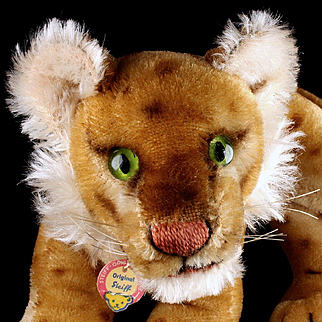 Handsome and Rare Little Brother 1950s Steiff Reclining Lion Cub Junglöwe Wild Cat ID