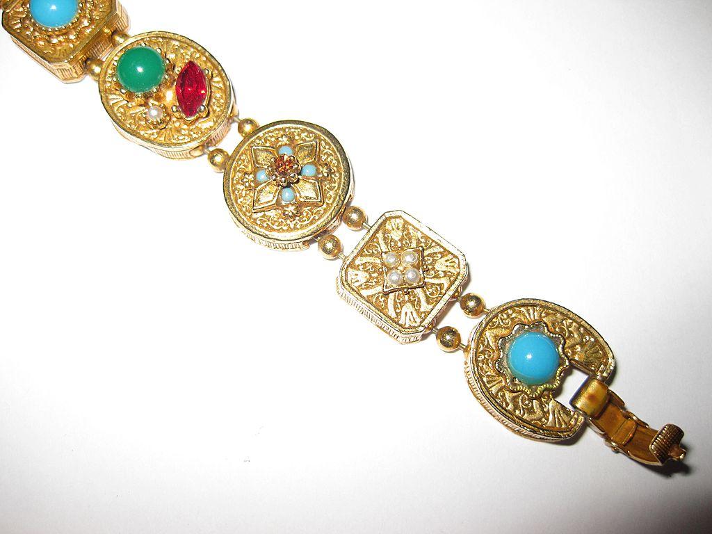 Victorian Revival Faux Gems Slide Bracelet