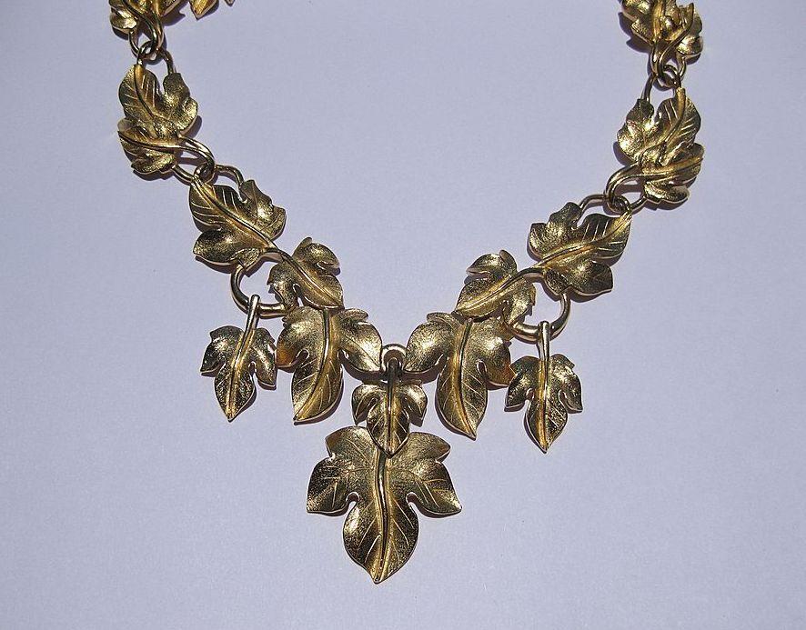 Kunio Matsumoto Dangling Leaves Gold Tone Necklace for Trifari
