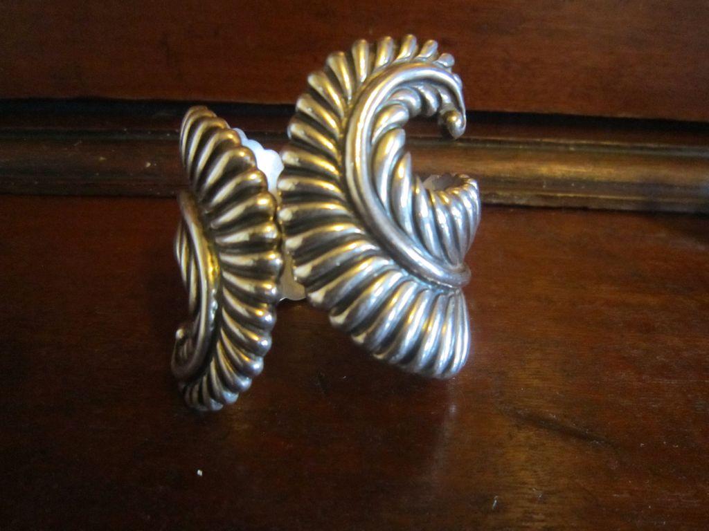 Los Castillo Sterling Fern Leaf Clamper bracelet