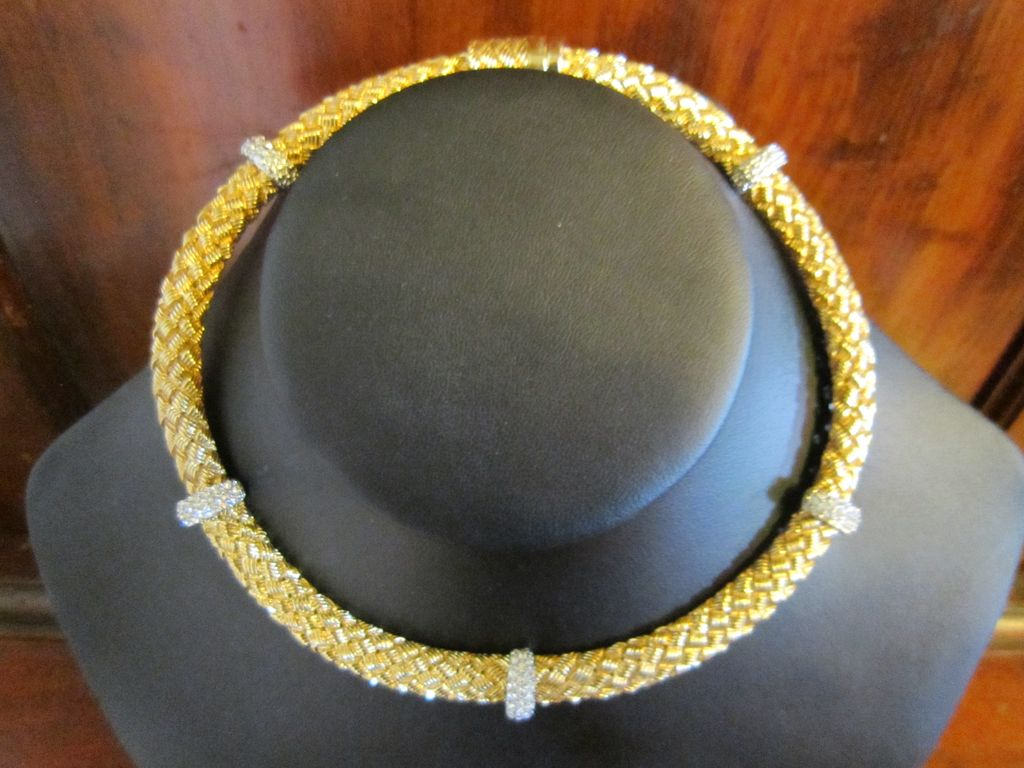 Elegant  Necklace  Gold Tone with Clear Rhinestones
