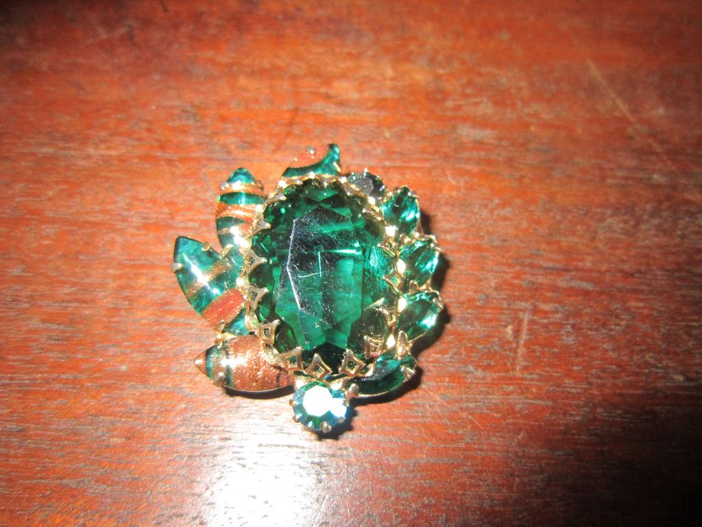 Emerald Rhinestones and  Art Glass with Copper Fluss Brooch