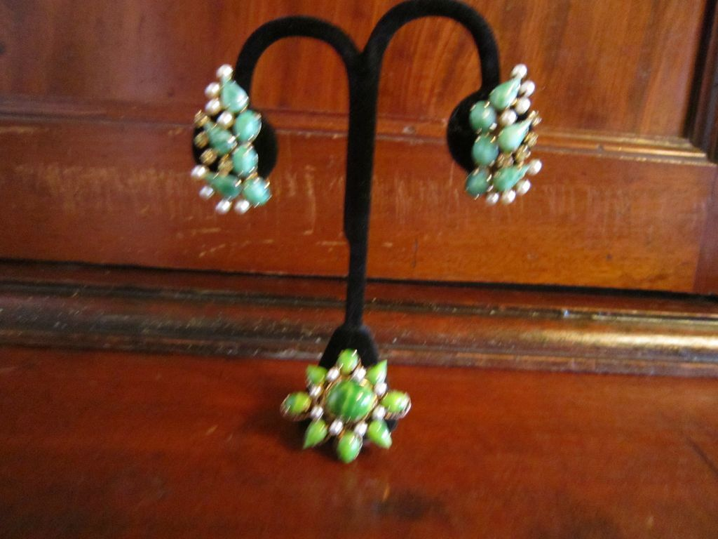 Schreiner Small Brooch and Earrings