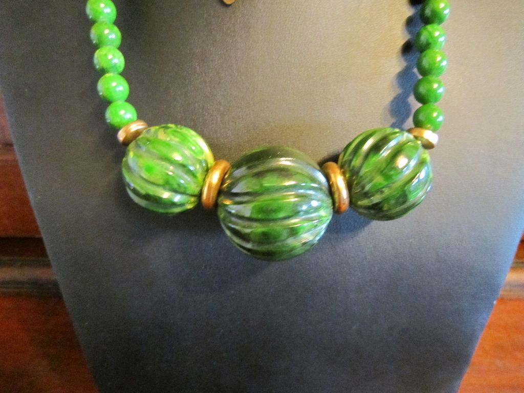 Cadoro Green Bakelite Long Necklace