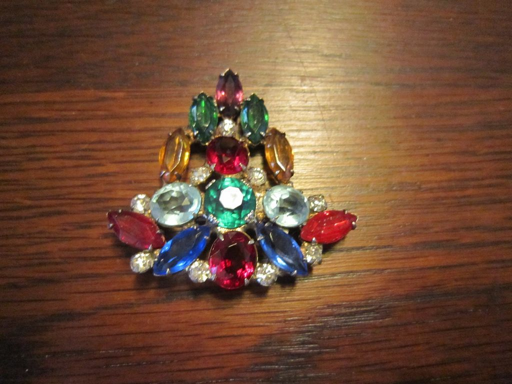 Abstract Christmas Tree Brooch -Open Back Stones