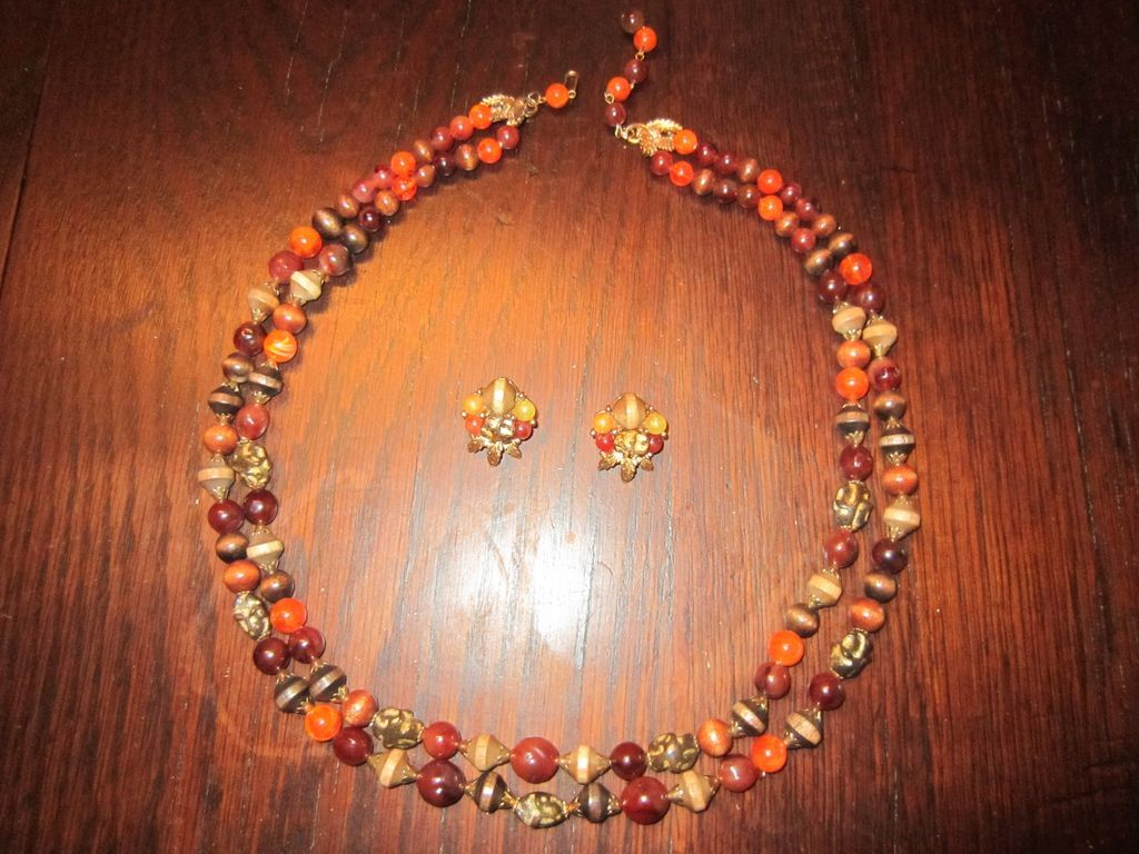 ART Signed Autumn Necklace and Earrings