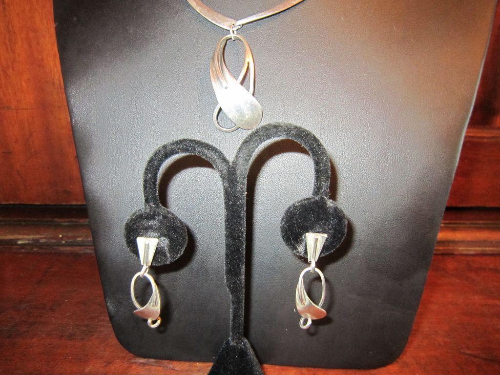 Lobel  Necklace & Earrings - Mid Century