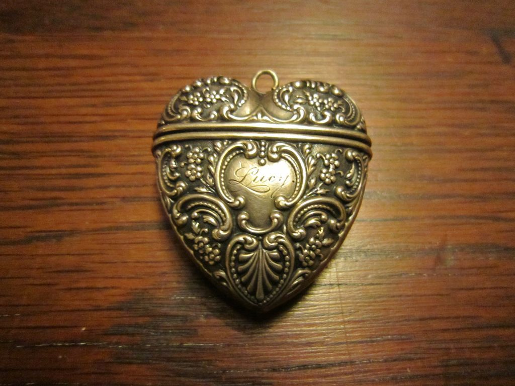 Foster and Bailey Sterling Heart Needle Case