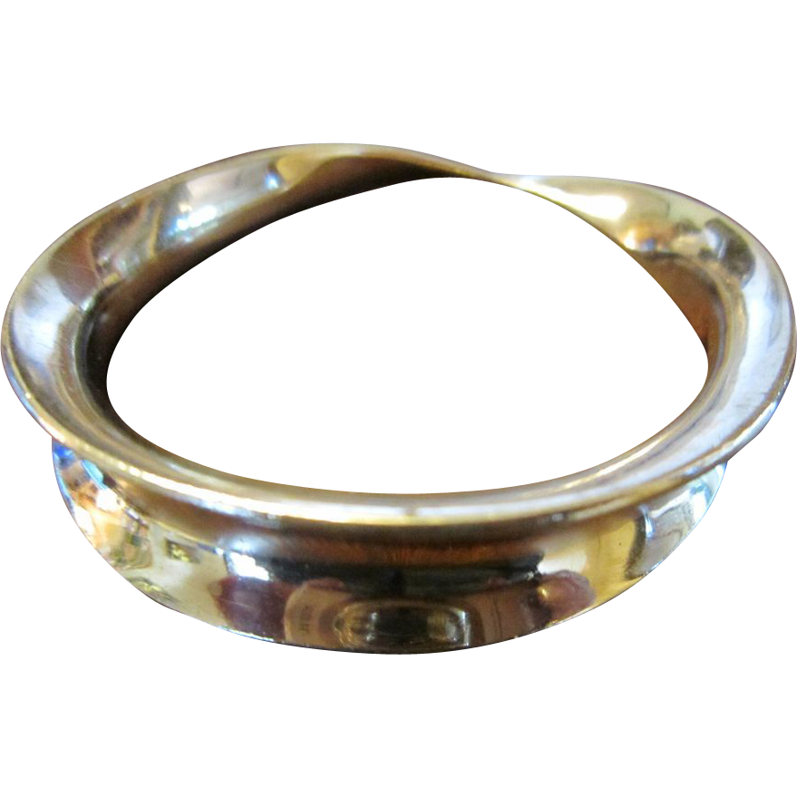 Taxco Mobius Sterling Bangle Bracelet