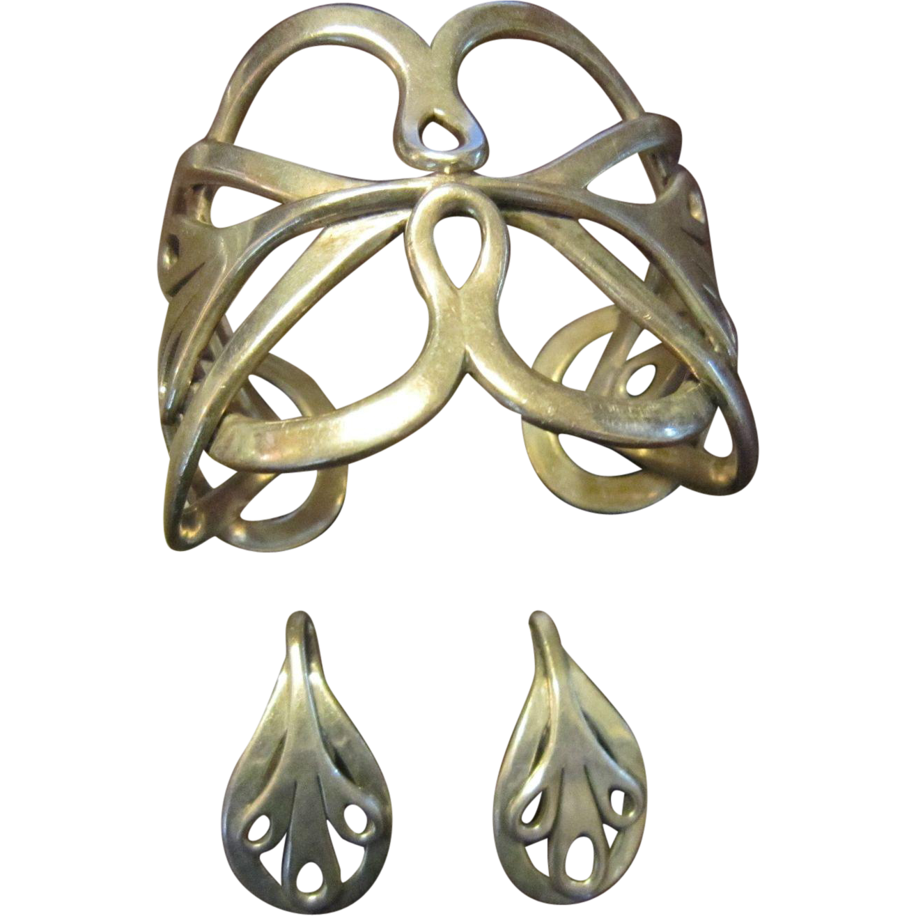 Rancho Alegre Sterling Cuff and Earrings