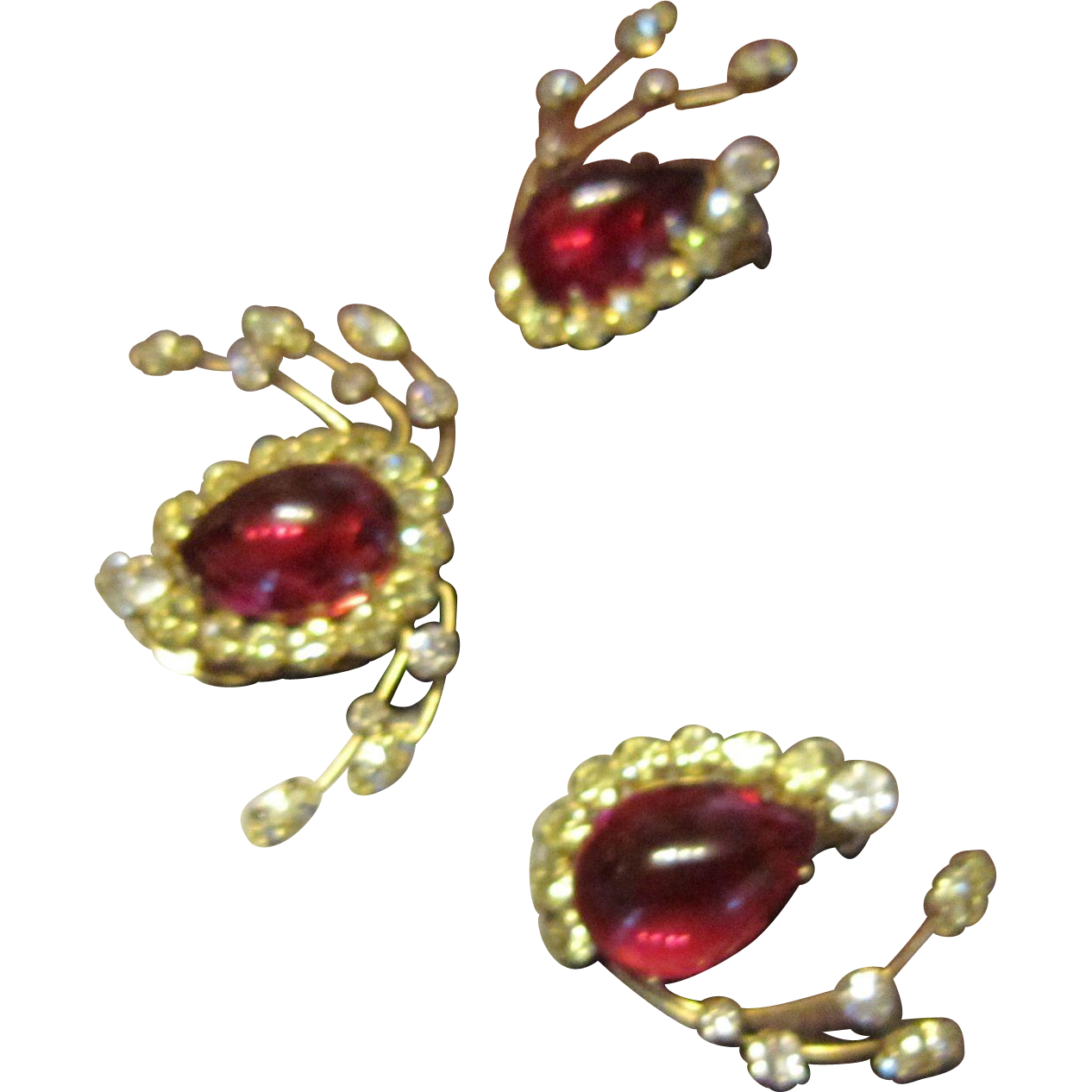 Hattie Carnegie Earrings and 2 Dress Clips - Ruby Color Art Glass and Clear Rhinestone Fronds